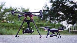 目的で選べる空撮プラン|小型機、大型機によるプランをご用意しておりますので、映像の用途や目的に応じた最適なプランをお選びいただけます。